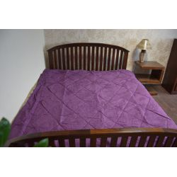 Colcha ALKANTARA violeta