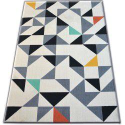 Koberec SCANDI 18214/763 - trojuholníky